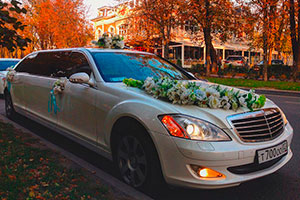 Лимузин Mercedes Guard Pullman